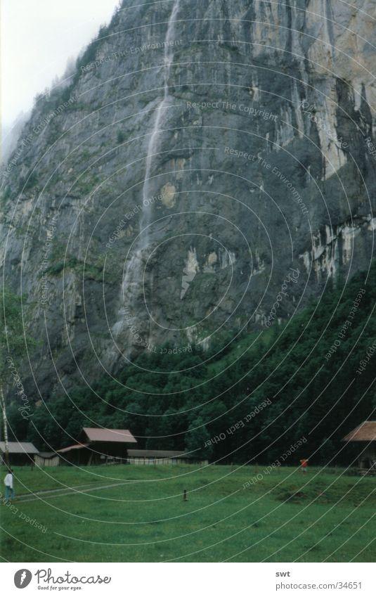 Lauterbrunnen Berge u. Gebirge Schweiz Alpen Wasserfall Berner Oberland Eiger