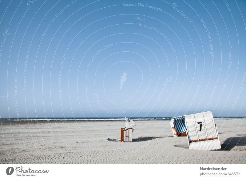 Eingeschnappt Wellness harmonisch Sinnesorgane Erholung ruhig Sommer Sommerurlaub Sonne Sonnenbad Strand Meer Wolkenloser Himmel Schönes Wetter Nordsee