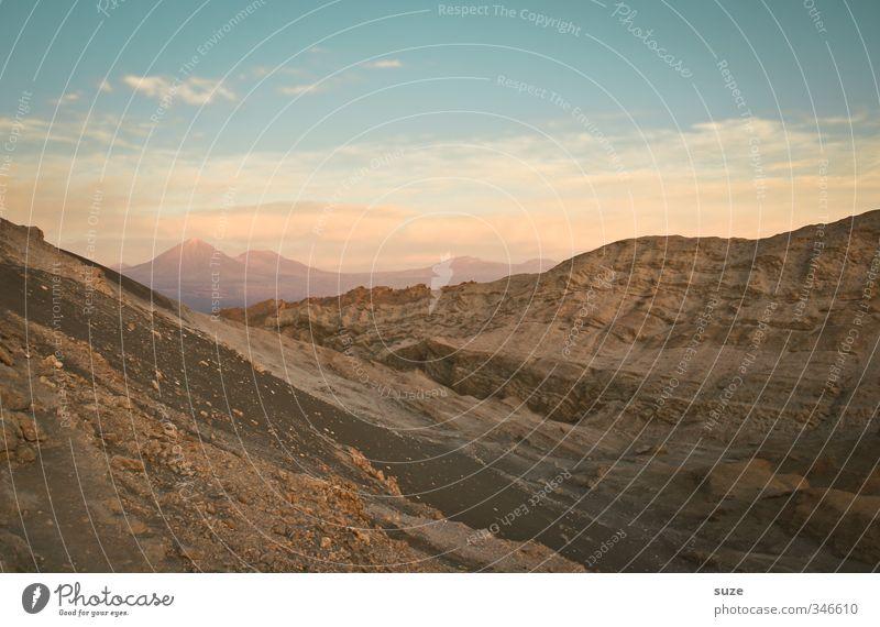 Mondtal Sommer Berge u. Gebirge Umwelt Natur Landschaft Urelemente Erde Sand Luft Himmel Horizont Klima Wärme Felsen Schlucht Wüste außergewöhnlich fantastisch