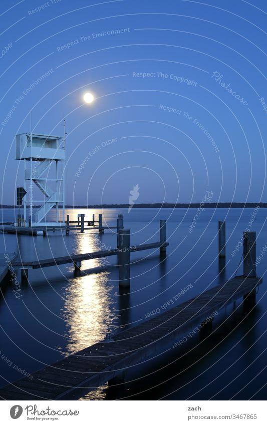 Langzeitbelichtung am See Morgendämmerung Abend Dämmerung Wolken Wasser blau Friedrichshagen Außenaufnahme Berlin Natur Köpenick Seeufer Müggelsee