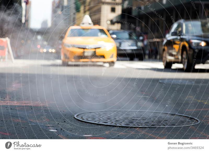 New Yorker Taxi Farbe modern Quadrat Straße reisen Großstadt urban gelb Licht Tourismus Menschen neu Landschaft Verkehr Szene vereint beschäftigt Werbung USA