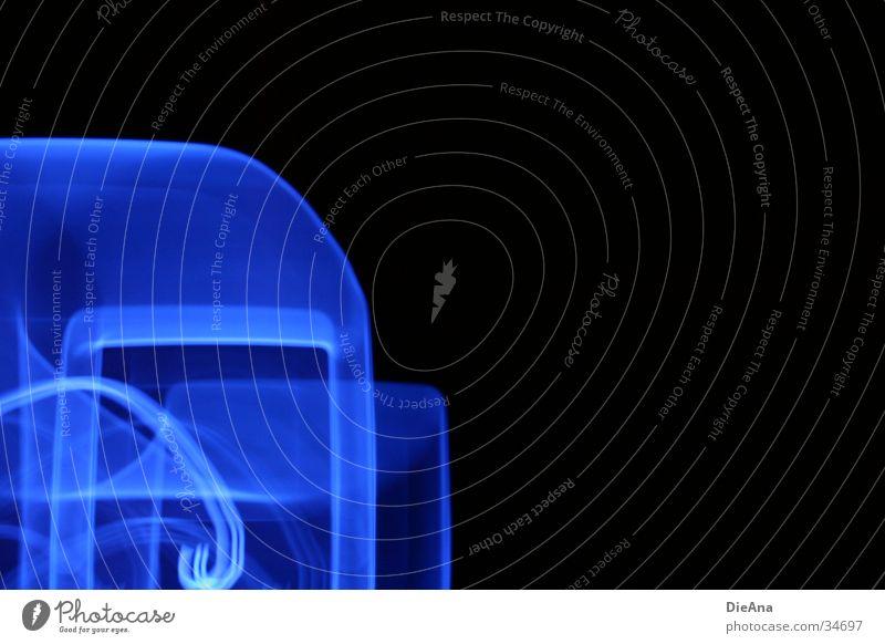 Lichtspuren (1) Stil Dekoration & Verzierung Lampe MP3-Player blau blenden creative zen micro verschachtelt pattern blue light Farbfoto Innenaufnahme abstrakt