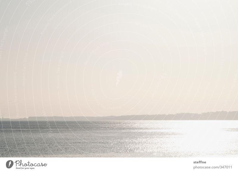 ... und es ward Licht Wasser Meer See Schönes Wetter ästhetisch Fluss Wolkenloser Himmel Portugal Lissabon