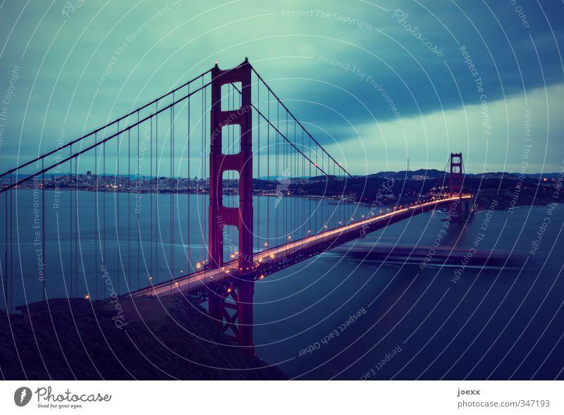 Drunter und drüber Tourismus Städtereise Himmel Horizont schlechtes Wetter Hügel Stadt Skyline Bauwerk Sehenswürdigkeit Golden Gate Bridge Verkehr