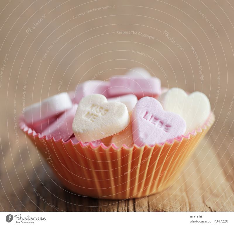 ein süßes Wochenende Liebe Essen Lebensmittel Herz Ernährung Süßwaren Bonbon Liebeskummer Zucker Dessert Valentinstag Kalorie herzlich herzhaft herzförmig