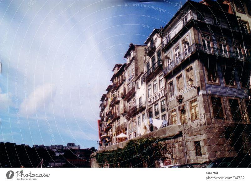 Porto in der Sonne alt Ferien & Urlaub & Reisen Haus Architektur Küste Gebäude Fassade Europa Bauwerk Stadtzentrum Portugal Altstadt Lebensmittel Portwein