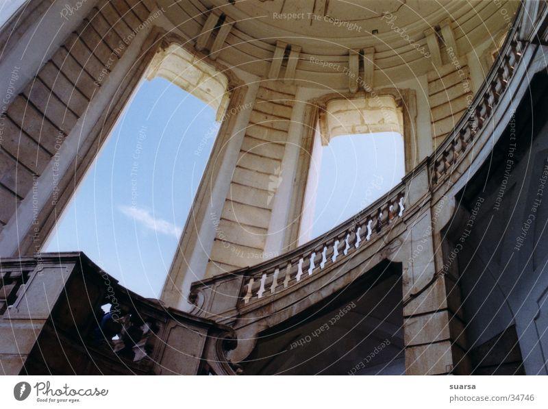Kloster 1 Religion & Glaube Italien Ferien & Urlaub & Reisen Neapel historisch Gebäude Gotteshäuser Kartäuser Treppe Himmel Architektur