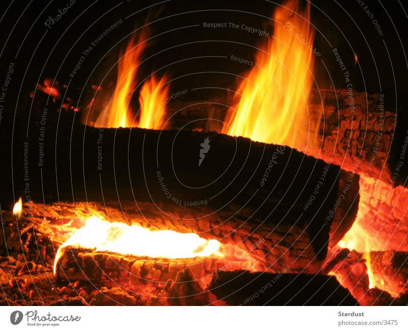 Light my fire Holz Glut brennbar Brand Flamme