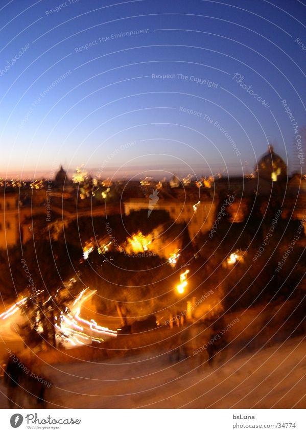 Rom-Nachtblick blau orange Aussicht Europa Italien Hügel Kuppeldach überblicken erhaben Vatikan