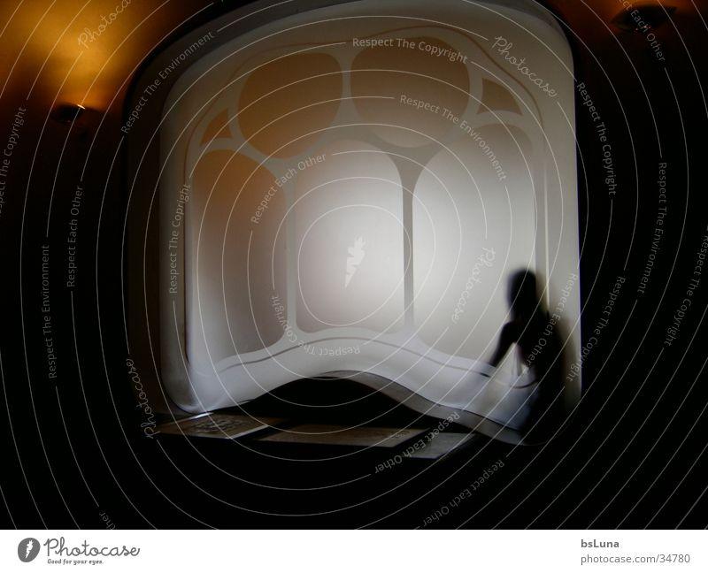 Casa Battlo 2 Barcelona Fenster Licht Architektur Freude milchig Mensch modern