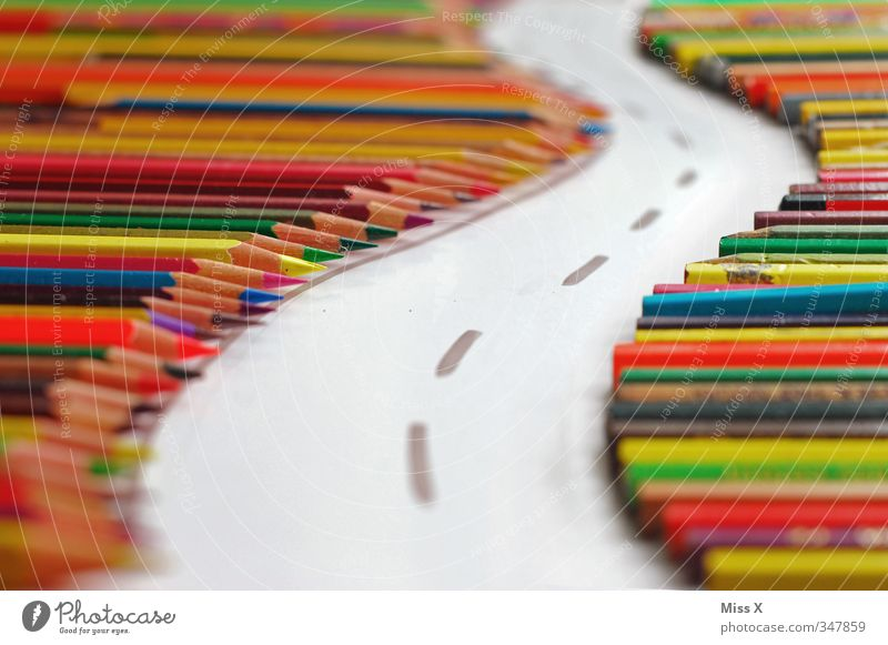 Straße der Kreativität Wege & Pfade Stimmung Kunst Freizeit & Hobby Verkehr Erfolg Papier malen Idee Verkehrswege zeichnen Schreibstift Inspiration Ausdauer
