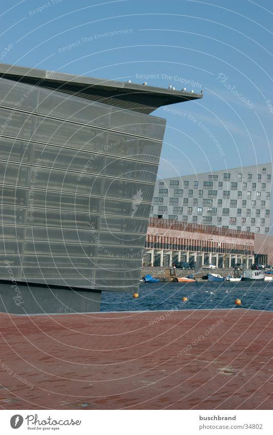 BUSCHBRAND_006 Metall Architektur verrückt Hafen Gitter Futurismus Amsterdam