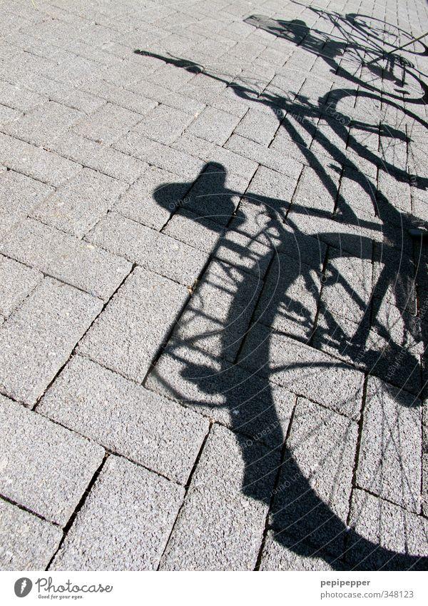 bicycles Freizeit & Hobby fahradfahren Ferien & Urlaub & Reisen Ausflug Sommer Fahrradfahren Schulhof Straße Stein grau Außenaufnahme Menschenleer Schatten