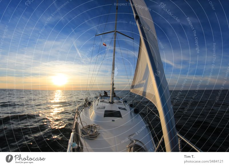 Segeln Baltic Sea Segelschiff Bavaria sunset Sonnenuntergang Meer Ostsee Wasser Wellen waves sea seaside See water ship Jacht Yacht holidays Himmel baltic sea