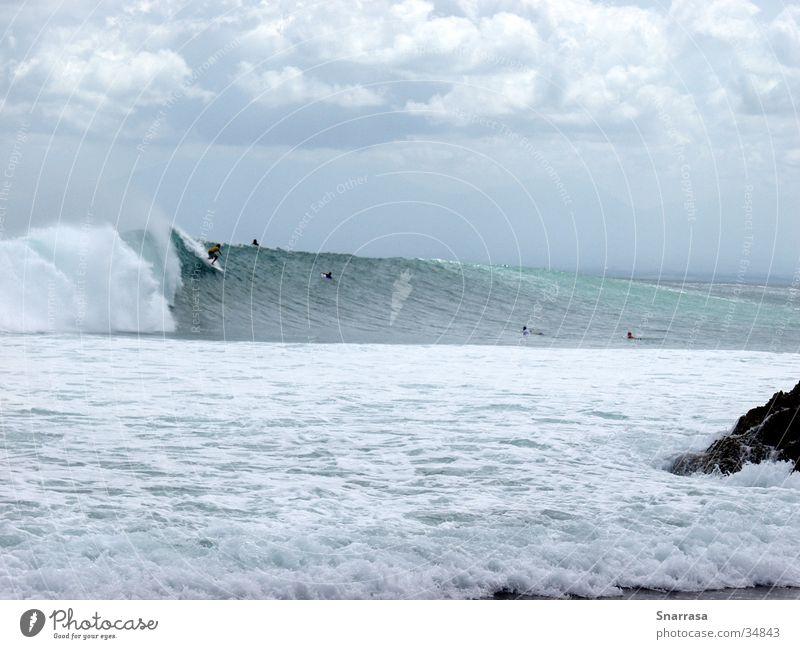 Drop In; location Padang Padang 2003 Surfen Wellen Bali Indonesien Geschwindigkeit extrem Extremsport Adrenalien