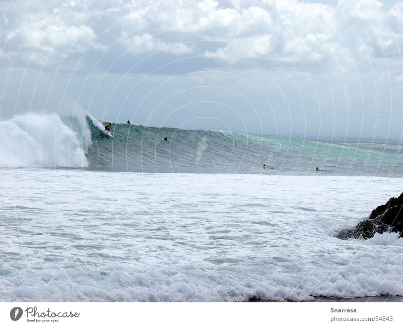 Drop In; location Padang Padang 2003 Wellen Geschwindigkeit Surfen extrem Bali Indonesien Extremsport