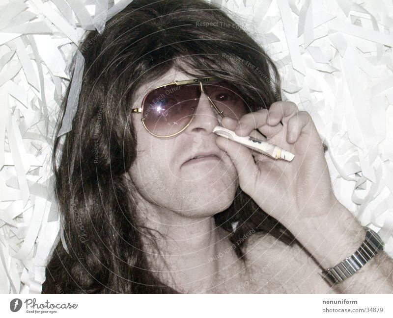Brainaway Kokain Sonnenbrille Rauschmittel Mann Suche