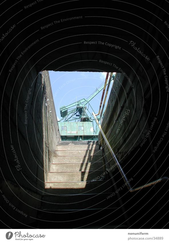 Hafenschacht Treppe Aussicht Köln historisch Kran Einblick