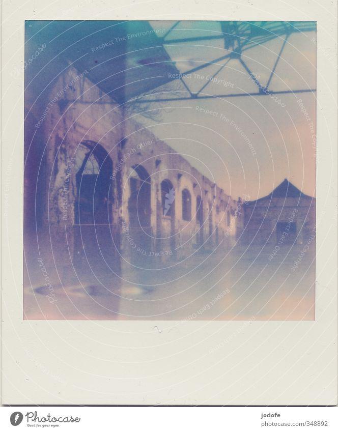 300. Fische können seekrank werden alt Einsamkeit Haus Gefühle Architektur Schönes Wetter kaputt Industriefotografie schäbig Unbewohnt Ruine Rahmen altehrwürdig