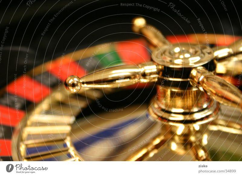 Rouletteshot01 Freude Spielen Glück Freiheit gold Spielkasino Glücksspiel Roulette Las Vegas