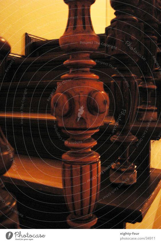 der frosch im detail Gesicht Auge Holz Treppe Dekoration & Verzierung Handwerk Treppengeländer Treppenhaus