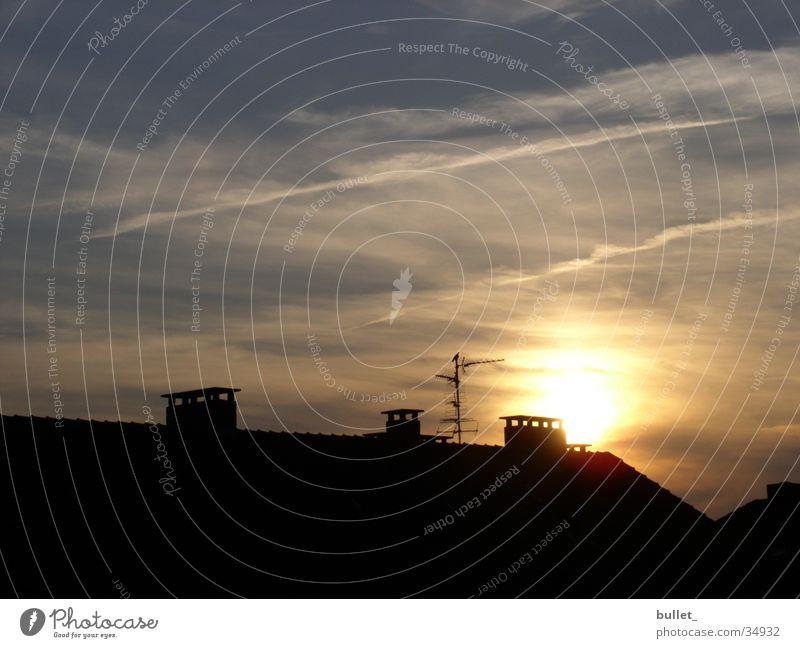 sonnenuntergang_bhv Sonne Haus Wolken Vogel Schornstein Möwe Antenne Bremerhaven