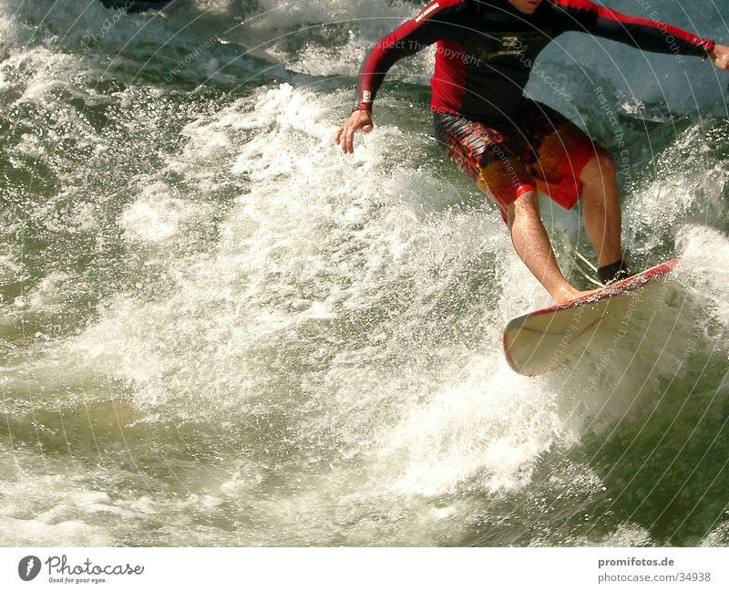 Kopfloser Wellenreiter Wasser Sport Wellen Surfer Gischt kopflos Surfbrett