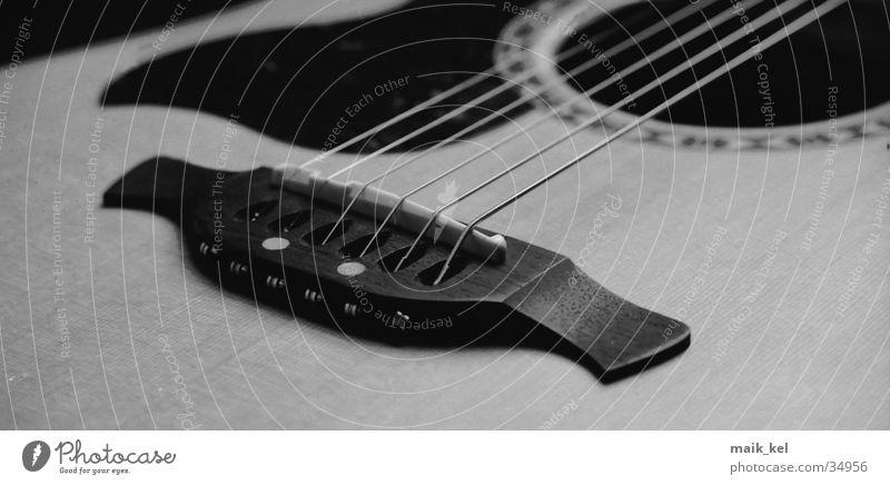 Gitarre 2 Saite Musikinstrument musizieren Freizeit & Hobby Schallloch Nervosität
