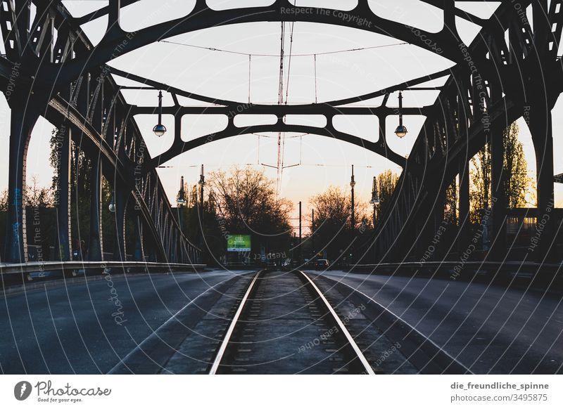 Bösebrücke Bornholmer Straße Grenze DDR Kalter Krieg Berliner Mauer Denkmal Deutschland Hauptstadt Sozialismus Freiheit Außenaufnahme Wahrzeichen Vergangenheit