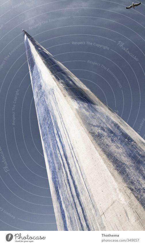 aufwärts Kunst Kunstwerk Skulptur Himmel Schönes Wetter Sehenswürdigkeit Wahrzeichen Vogel Metall Stahl Pfeil eckig blau Design elegant Energie modern Präzision