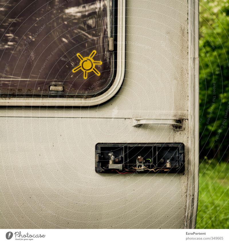 es werde Licht Ferien & Urlaub & Reisen alt weiß Sommer Sonne gelb Lampe dreckig leuchten kaputt Zeichen Camping trashig Anhänger Wohnmobil