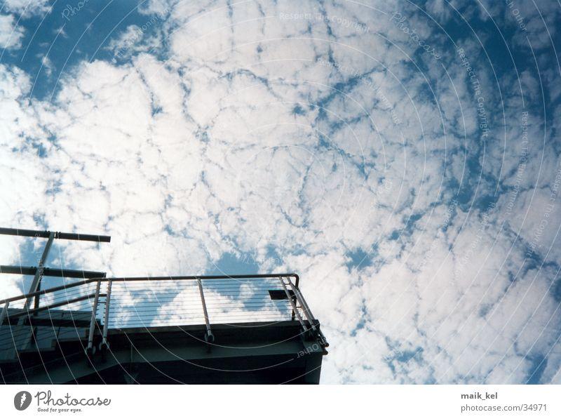 Interessante Wolken Natur Himmel Wolken Ferne Freiheit Geländer schlechtes Wetter