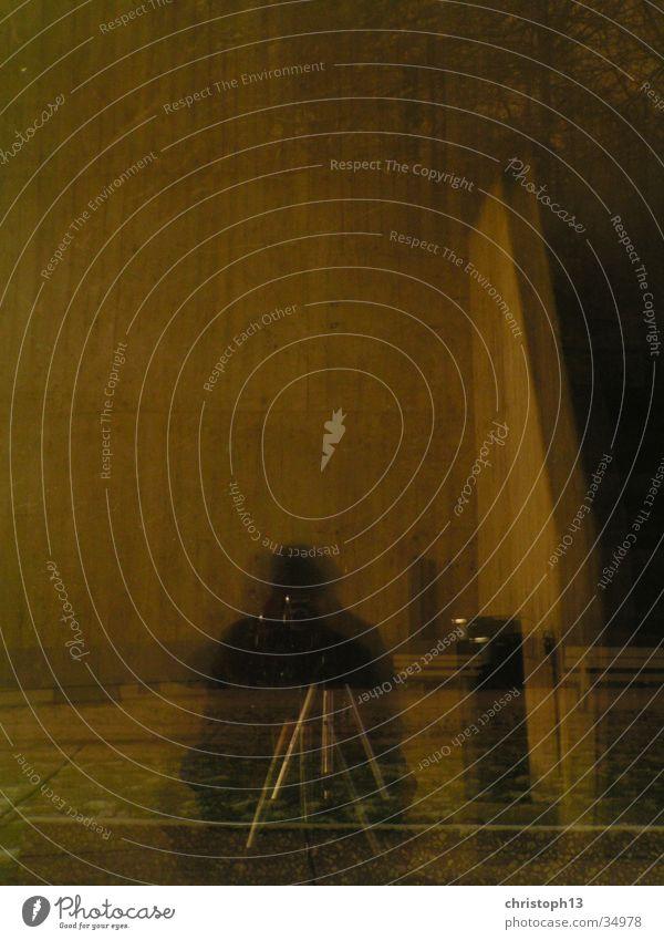 Spiegelung Langzeitbelichtung Winter Nacht Reflexion & Spiegelung HBK Kassel Himmel Licht Schnee Surrealismus durchsichtig Mensch sitzen