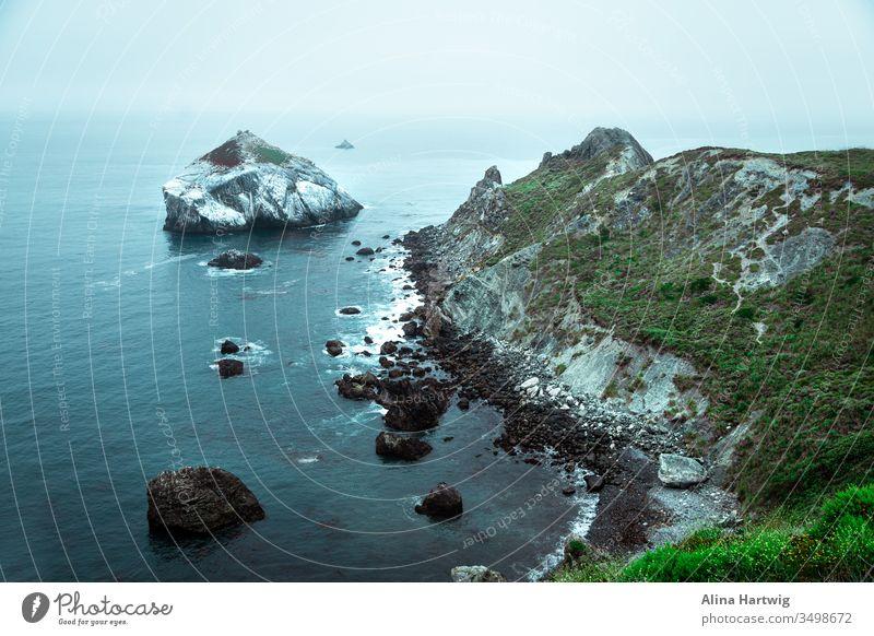 Big Sur-Ansicht am frühen Morgen USA Amerika Küste Küstenlinie Strand Meer Pazifik Insel Wasser Horizont grün Welt Erde Planet sparen behüten Schutz Natur