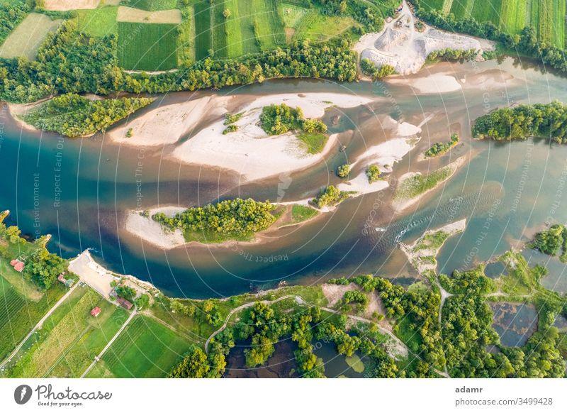 Drohnenansicht des Flusses Drina Landschaft Natur Antenne Ansicht Wasser reisen Insel Tourismus Sommer im Freien Wald ländlich natürlich Tal malerisch strömen