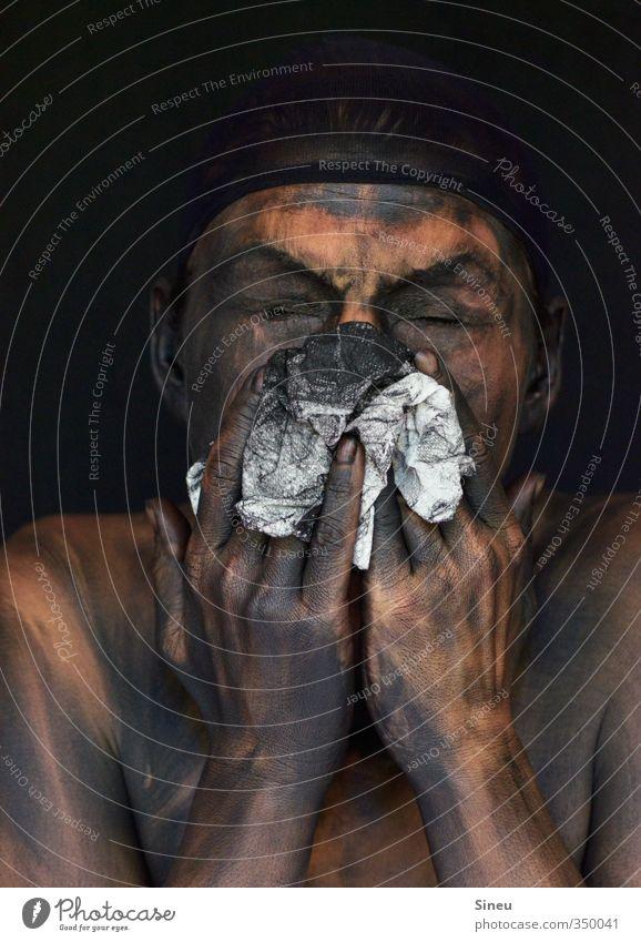 Das vorübergehende Auftreten eines Waschzwanges Mensch Gesicht Hand Finger 1 Reinigen dreckig dunkel Ekel gruselig nackt verrückt schwarz weiß Tod Schmerz