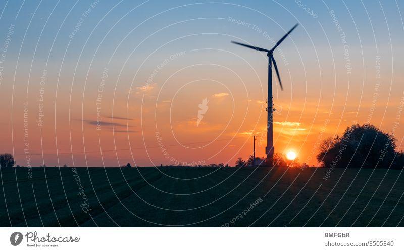 Silhouette Pinwheel bei Sonnenaufgang Ackerbau alternativ Wandel & Veränderung Sauberkeit Klimawandel Konstruktion Entwicklung Erde ökologisch Ökologie