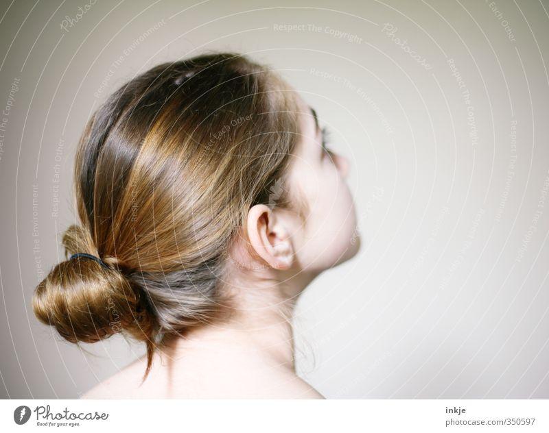 super gemacht, Kalle!! ---> Mensch Kind Jugendliche schön Mädchen feminin Gefühle Haare & Frisuren Kopf Stil hell Kindheit Haut 13-18 Jahre einfach beobachten