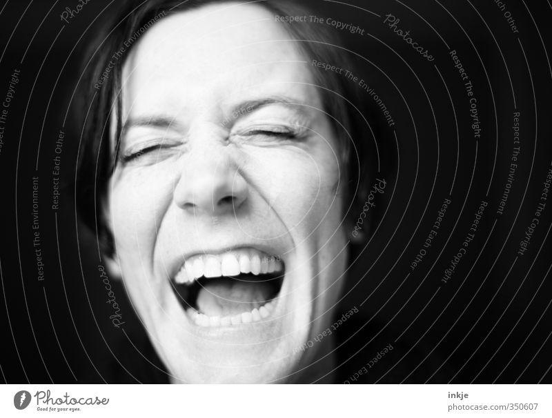 lol Frau Erwachsene Leben Gesicht Mund Zähne 1 Mensch 30-45 Jahre lachen Freundlichkeit Fröhlichkeit lustig Gefühle Freude Begeisterung authentisch