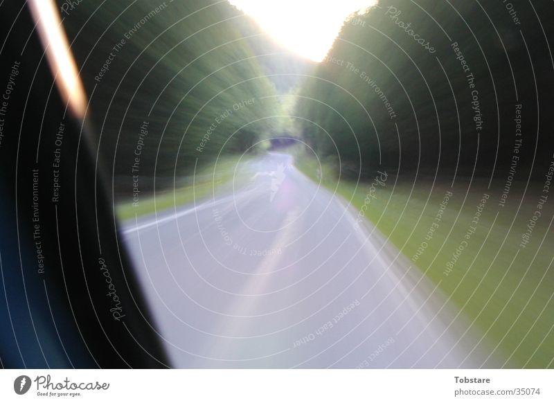 bulli fahrn Geschwindigkeit Langzeitbelichtung Belichtung Kurve Fototechnik Straße