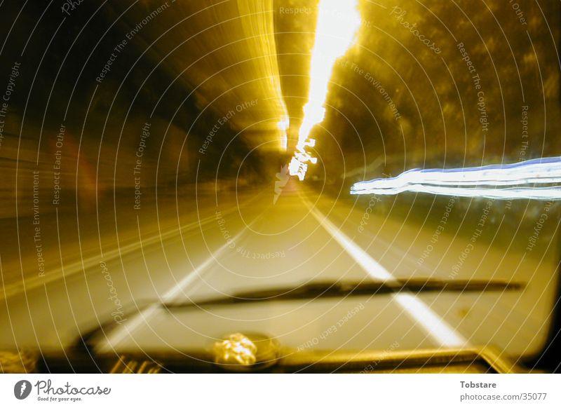 bulli fahren Nacht Langzeitbelichtung Licht Geschwindigkeit Fototechnik Reaktionen u. Effekte