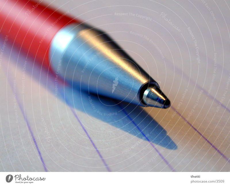 kugelstift Blatt Arbeit & Erwerbstätigkeit Business Dinge Papier Beruf schreiben Schreibstift Kugelschreiber Makroaufnahme