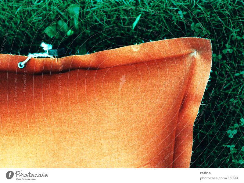 Luftmatratze Ferien & Urlaub & Reisen Farbe Erholung Garten orange schlafen Europa Schwimmbad kultig Freibad Matten