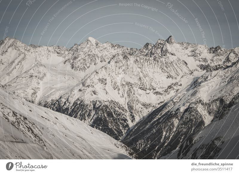 winterliche Alpen II Winter Schnee Berge Gebirge Berge u. Gebirge Himmel Landschaft Wolken blau Gipfel Felsen weiß Schneelandschaft Außenaufnahme