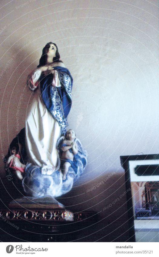 Madonna Religion & Glaube Katholizismus Gebet Blick Innenaufnahme Maria Freizeit & Hobby Blick nach oben