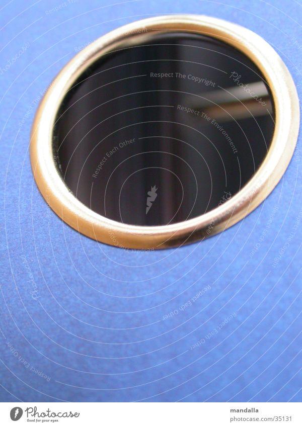 Loch blau Rücken Ordnung Kreis rund Loch silber Aktenordner Einblick Öffnung