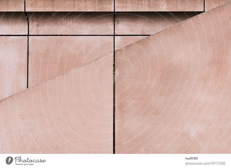 rosa Sichtbeton mit Teppen Beton Fassade Symmetrie Betonwand Streifen Kunst Surrealismus Kreativität Geländer Bauwerk modern Mauer Minimalismus Architektur