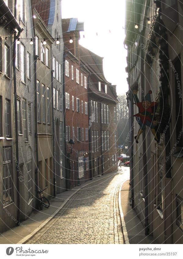 Lübeck Altstadt alt Haus Straße Architektur historisch Gasse Schleswig-Holstein