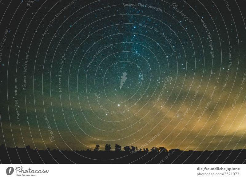 Milchstraße Sterne Himmel Milchstrasse Nacht Außenaufnahme Nachthimmel Astronomie Sternbild Farbfoto Natur sterne Sternschnuppe Galaxie himmelslichter Horizont