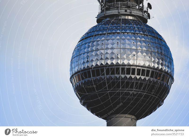Fernsehturm Aussichtsplattform Kugel Wahrzeichen Berliner Fernsehturm Denkmal Alexanderplatz Turm Himmel Hauptstadt Sehenswürdigkeit Berlin-Mitte Architektur